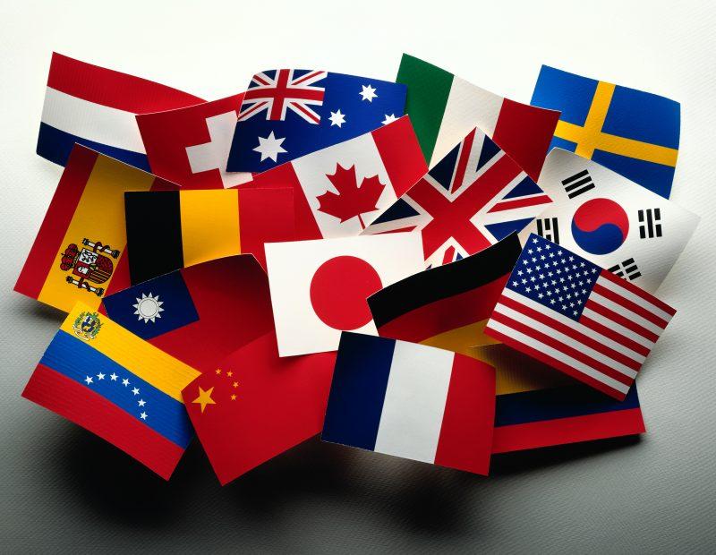 NACIONALISMO Y SEGREGACIÓN- PSICOANÁLISIS Y POLÍTICA DELLAZO