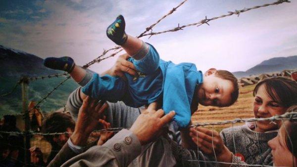"""ZADIG-MADRID                          Conversación: """"Los fenómenos migratorios: modos de lasegregación"""""""