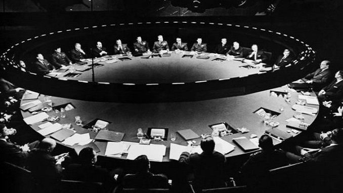 Obediencia o fin del mundo: estrategia de ladisuasión