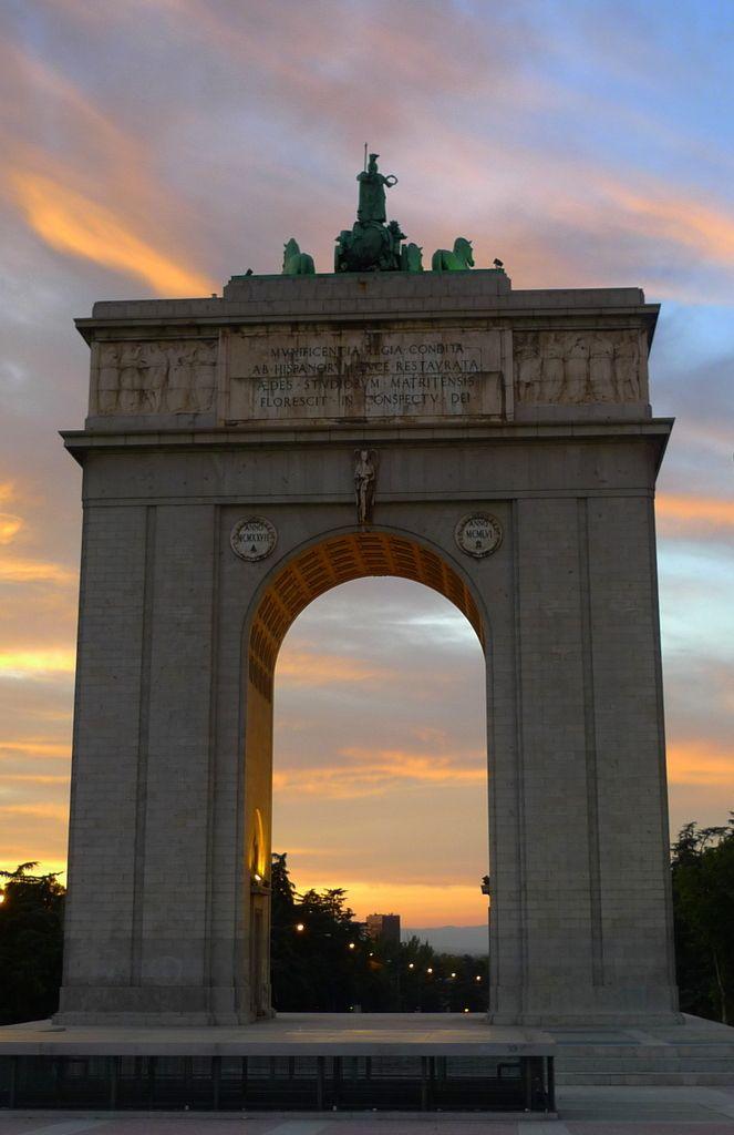 Los tres monumentos que demuestran que el franquismo no hadesaparecido