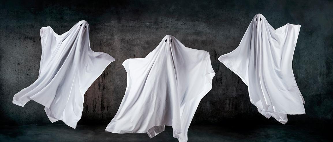 Fantasmas inéditos. Política imposible y retorno al futurofunesto